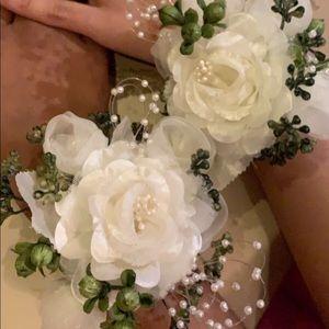 Jewelry - NWT Prom Corsage | CUSTOMIZE!!🤩